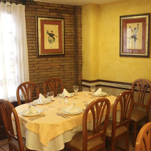 restaurante-meson-navarro-2-castellon-7