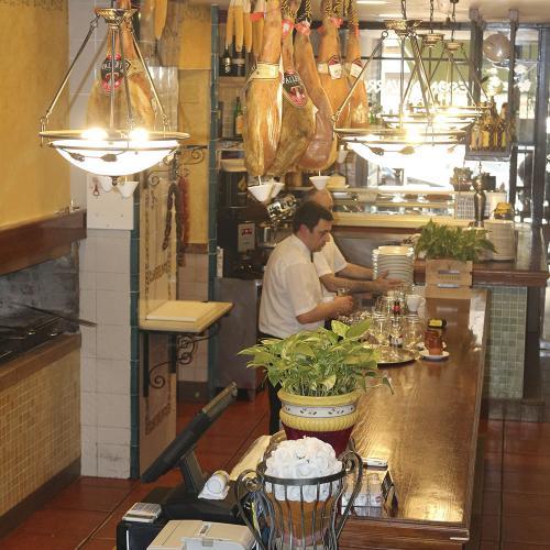 restaurante-meson-navarro-2-castellon-8